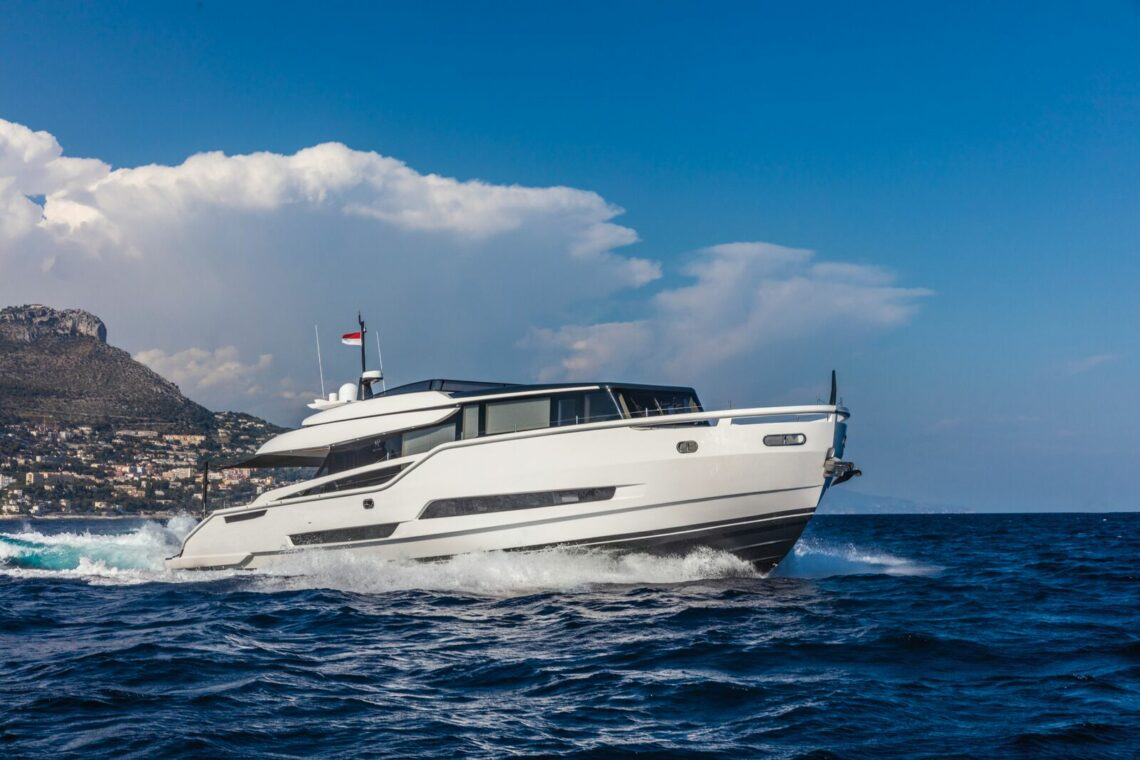 Extra 86 - Palumbo Superyachts