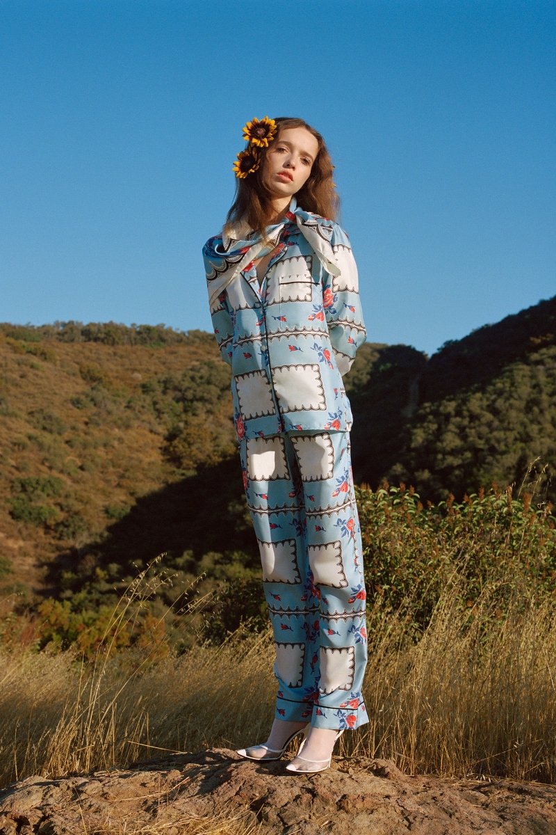 WHITE, BLUE AND PINK FLORAL PRINTED SILK TWILL PAJAMA TOP - LOOK 12
