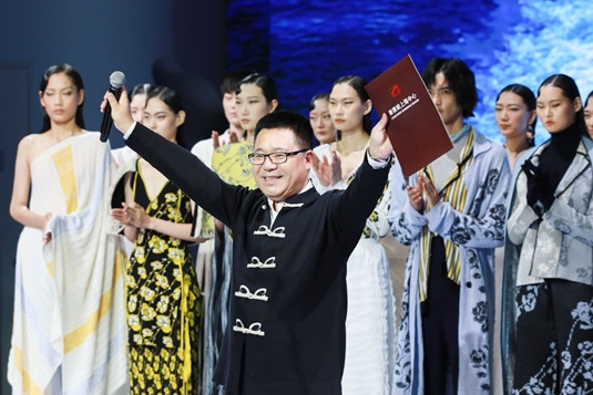CONSINEE GROUP CHAIRMAN BORIS XUE AT THE SEPTEMBER 2020 FASHION SHOW