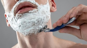 Razor vs Electric Shaver? Pros and Cons