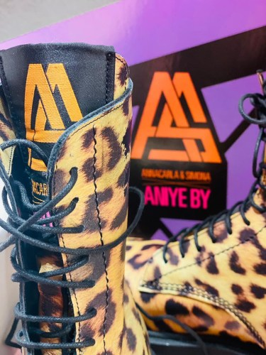 """""""BOOTS & PUMPS CAPSULE"""" FW 21-22. The mix & match of ANIYE BY and its BOMB PACKAGING: detail 4"""