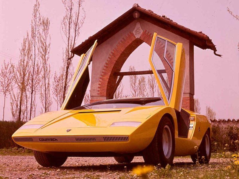 Lamborghini Countach LP 500 6