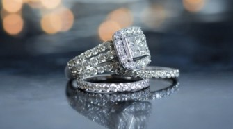 Tips for Matching a Wedding Band To an Engagement Ring 1