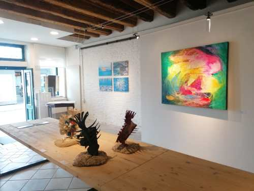 Discover Sant'Eufemia Gallery and the Emerald Exhibition 21