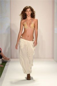 Beach Freedom Glides Gorgeously Down the Runway at SWIMMIAMI 39