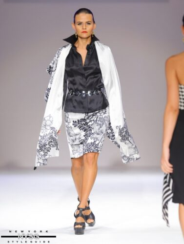 David Tupaz runway show at Style Fashion Week 53
