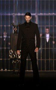 Hakan Akkaya Fall-Winter 16 / 17 Fashion Show In Istanbul 15
