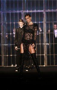 Hakan Akkaya Fall-Winter 16 / 17 Fashion Show In Istanbul 1