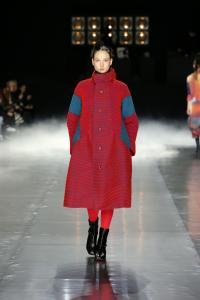 ISSEY MIYAKE A/W 2016 from Paris Fashion Week 11