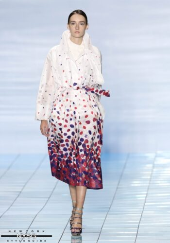 LIE SANGBONG Spring-Summer 2015 Collection Show 29