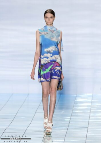 LIE SANGBONG Spring-Summer 2015 Collection Show 11