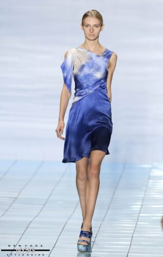 LIE SANGBONG Spring-Summer 2015 Collection Show 7