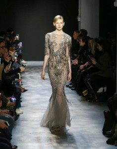 Marchesa Fall 2017 Collection at New York Fashion Week 17