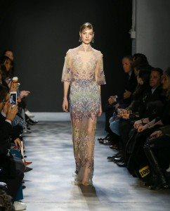 Marchesa Fall 2017 Collection at New York Fashion Week 21