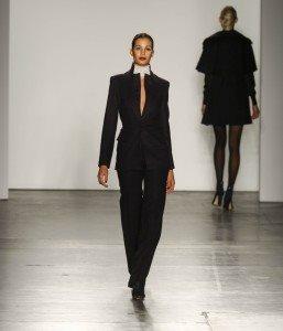 Zang Toi at New York Fashion Week Fall 2017 19