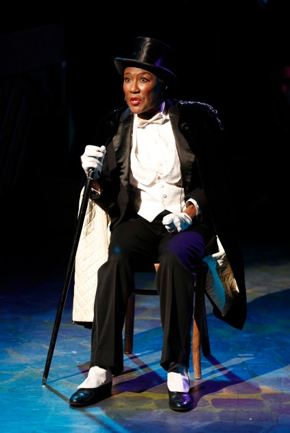Ernestine Jackson as Countess Willy Danger