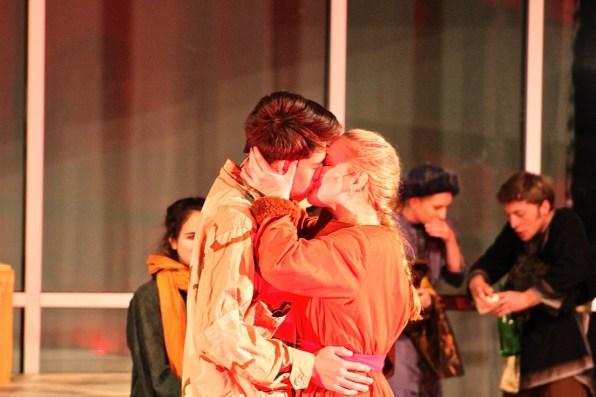 Stage Kiss Presley oldham