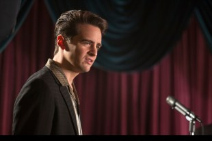 Vincent Piazza as Tommy DeVito