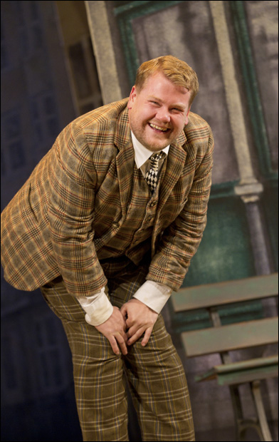 One Man, Two Guvnors Music Box Theatre