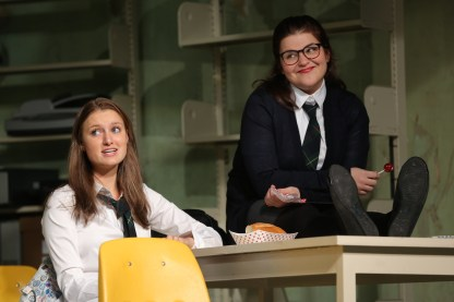 Lilly Englert as Cissy and Annie Funke as Tanya
