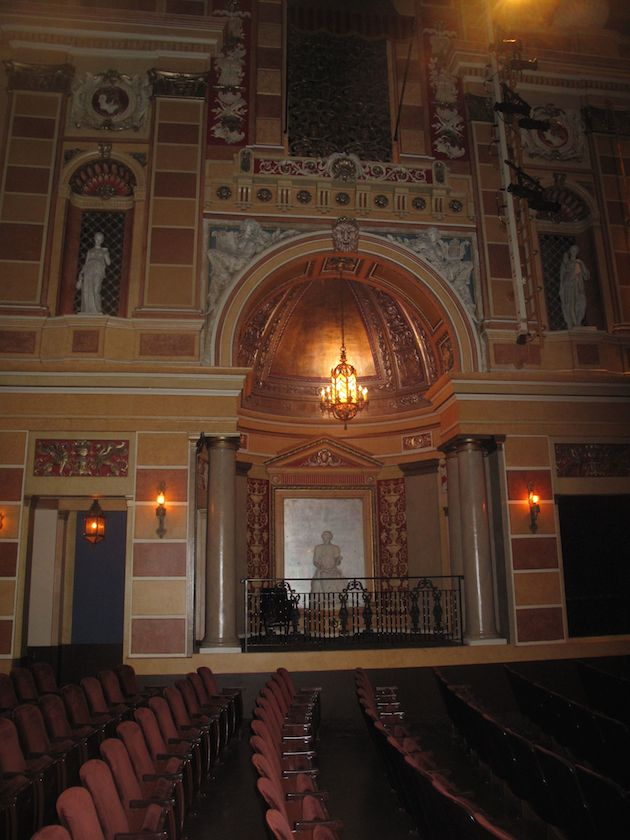 after katrina  saenger theater  the most beautiful in new