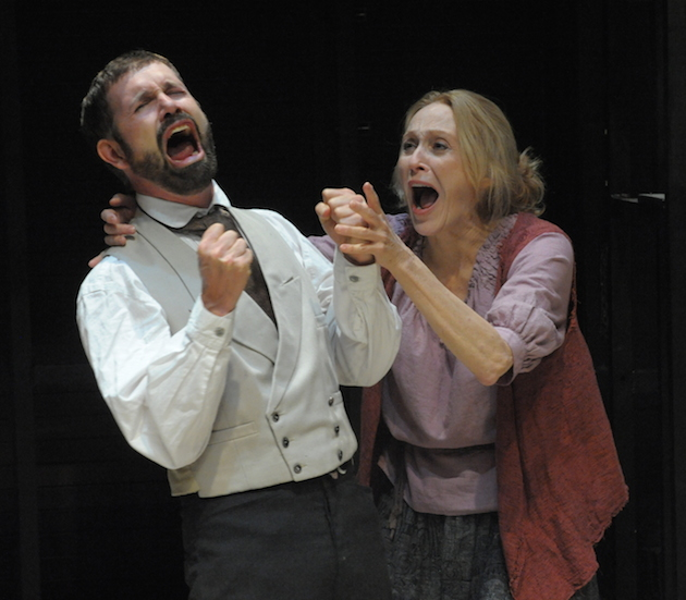 David Barlow (Carpeta) Jan Maxwell (Galactia) in SCENES FROM AN EXECUTION-p