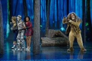 THE WIZ LIVE! -- Pictured: Elijah Kelley as Scarecrow, Ne-Yo as Tin-Man, Shanice Williams as Dorothy, David Alan Grier as Lion -- (Photo by: Virginia Sherwood/NBC)