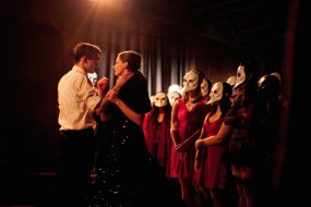 (l-r) Nicholas Bruder and Sophie Bortolussi with audience members wearing the required masks
