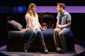 Laura Dreyfuss as Zoe and Ben Platt as Evan Hansen