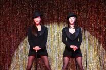 Takarazuka_CHICAGO_Yoka_Wao_(Velma)_and_Yuga_Yamato_(Roxie)_Photo credit: Maiko Miagawa and Nobuhiko Hikichi