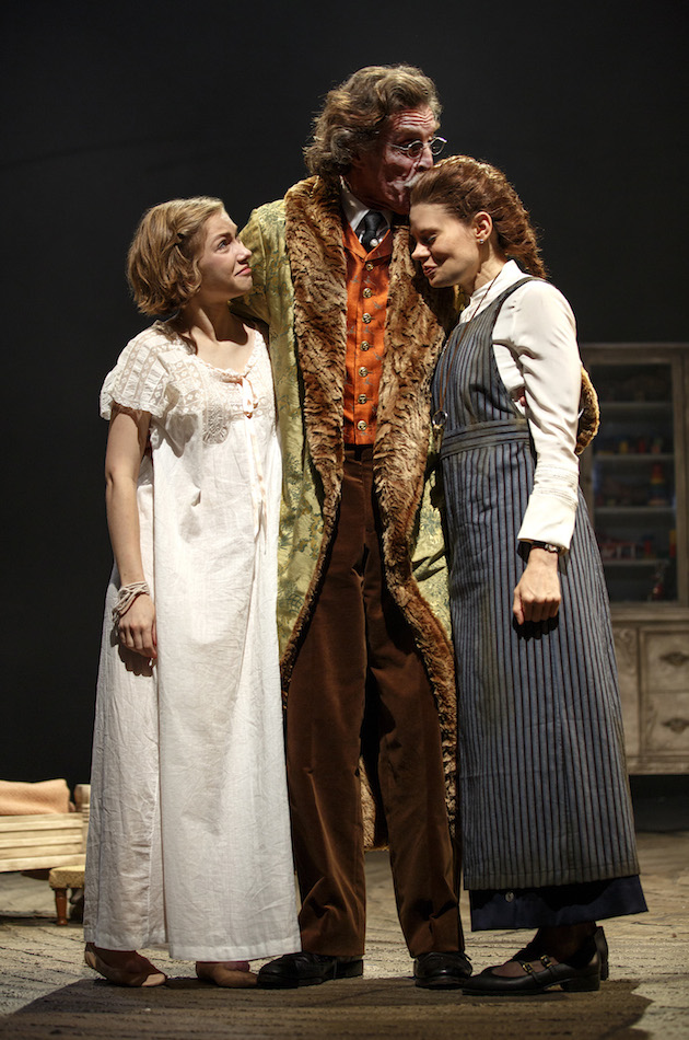 PHOTO CALL: Manipulation Opens Off-Broadway | Playbill