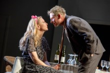 Cate Blanchett and Richard Roxburgh in The Present