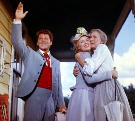 Oklahoma! (1955) Directed by Fred Zinnemann Shown from left: Gordon MacRae, Shirley Jones, Charlotte Greenwood