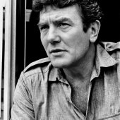 Albert Finney, 82, Tony and Oscar nominee, star of Tom Jones, Murder on the Orient Express, and Annie, Dies at 82