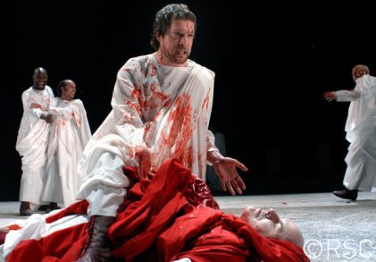 Julius Caesar_ 2006_ Brutus stabs Caesar_2006_Photo by Paul Ros _c_ RSC_161747