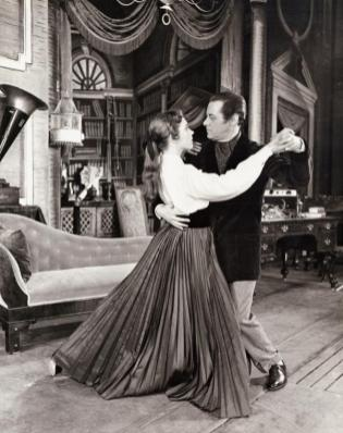 Julie Andrews as Eliza with Rex Harrison as Professor Henry Higgins