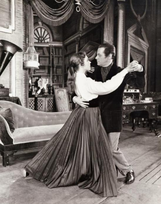 Julie Andrews as Eliza with Rex Harrison as Professor Henry Higgins
