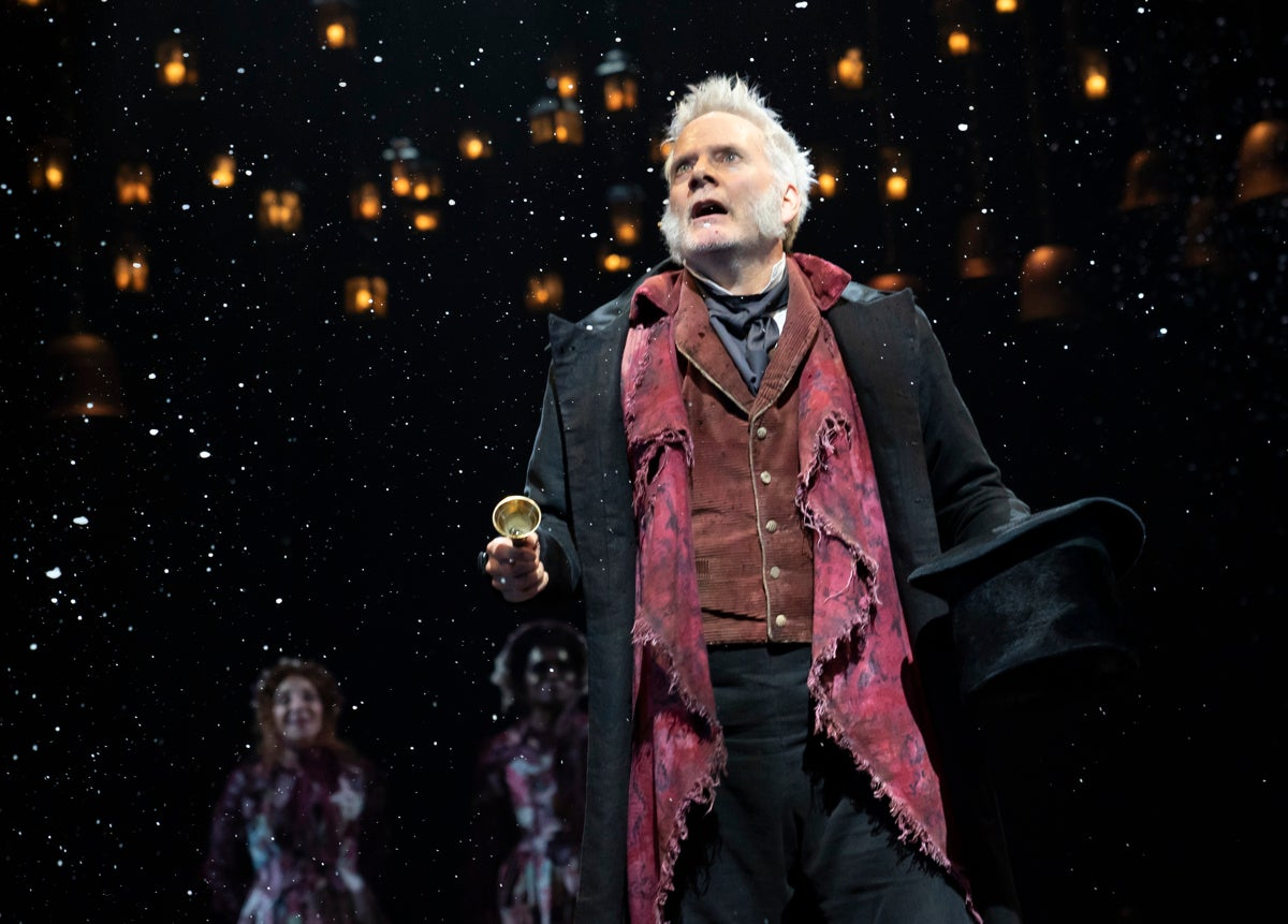 A Christmas Carol Broadway Review: Dicken's Tale with Campbell Scott as Scrooge, Andrea Martin ...