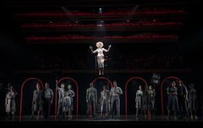 Evita 16 Solea Pfeiffer and ensemble