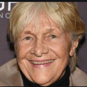 Estelle Parsons, 93, 30-time Broadway veteran, five-time Tony nominee,