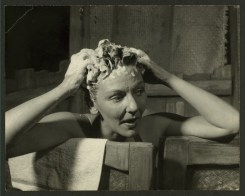 Washing the man outta her hair in South Pacific