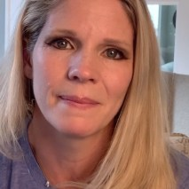 My Channel :) Written by Lindsey Ferrentino Featuring Kelli O'Hara Directed by Scott Ellis. The character tries to keep it together while presenting her make-up show.