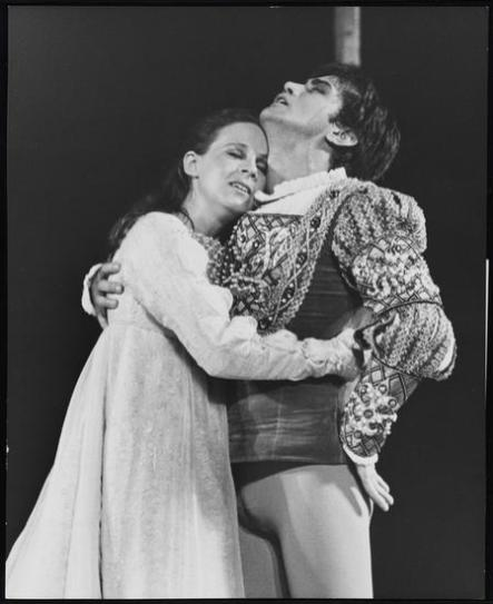 Martin Sheen and Susan McArthur in Romeo and Juliet 1968