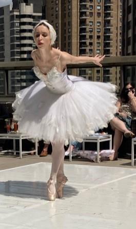 Dying Swan. Performed by Skylar Brandt. Choreography: Michel Fokine. Muaic: Camille Saint-Saens
