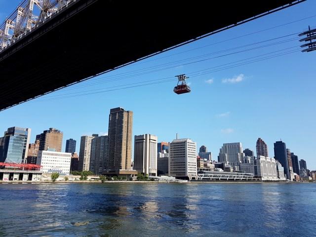 Roosevelt Island,Île,Roosevelt,tramway,téléphérique,east river,skyline,Manhattan,vue,paix,island,incroyable