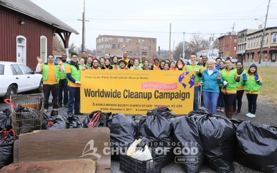 """""""Mother's Street"""" Cleanup Movement"""