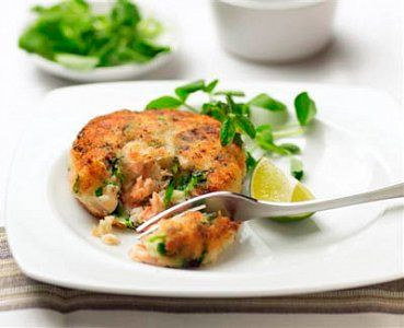Fish Cakes With Hollandaise Sauce