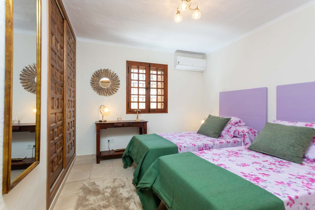 Twin Bedroom at Huerta Belinda
