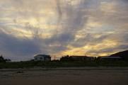 Unser Beachhouse bei Sonnenuntergang