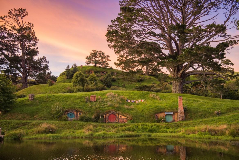 每天带你看一点新西兰——霍比顿村(4.7⭐️)和惠灵顿汉娜工厂巷(4.6⭐️)